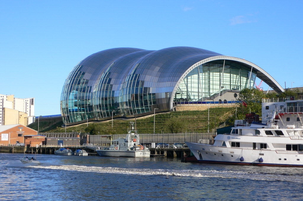 The Sage Gateshead is a curved glass and stainless steel building.
